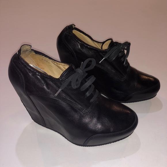 31009215ecd8 Dries van Noten Leather Lace-up Wedge Sneakers